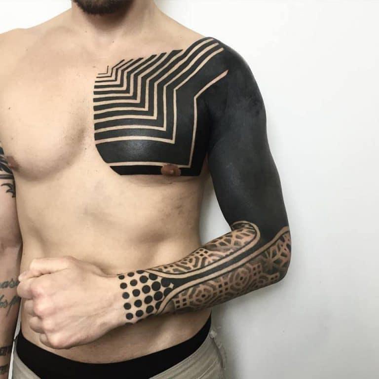 2. ลายสักถมดำ แบบผสมผสาน (NEO tribal)